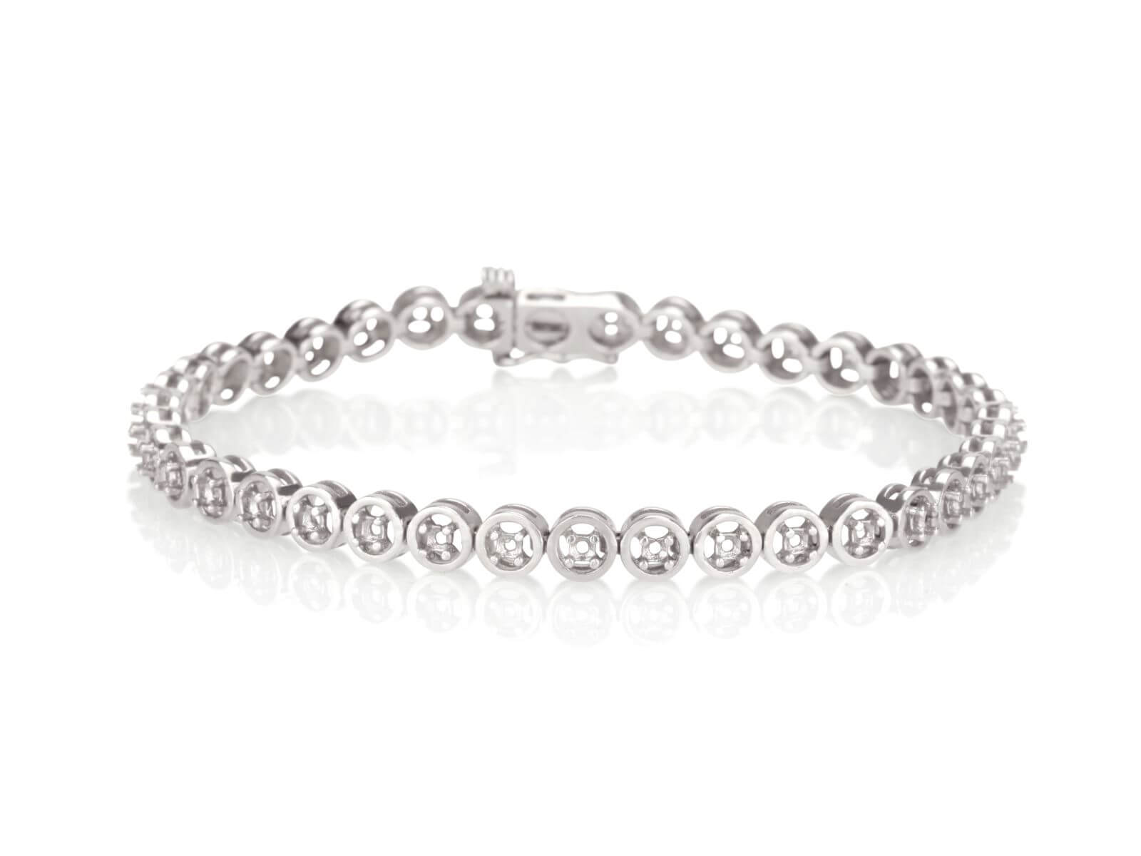 Tennis bracelet Floating stone