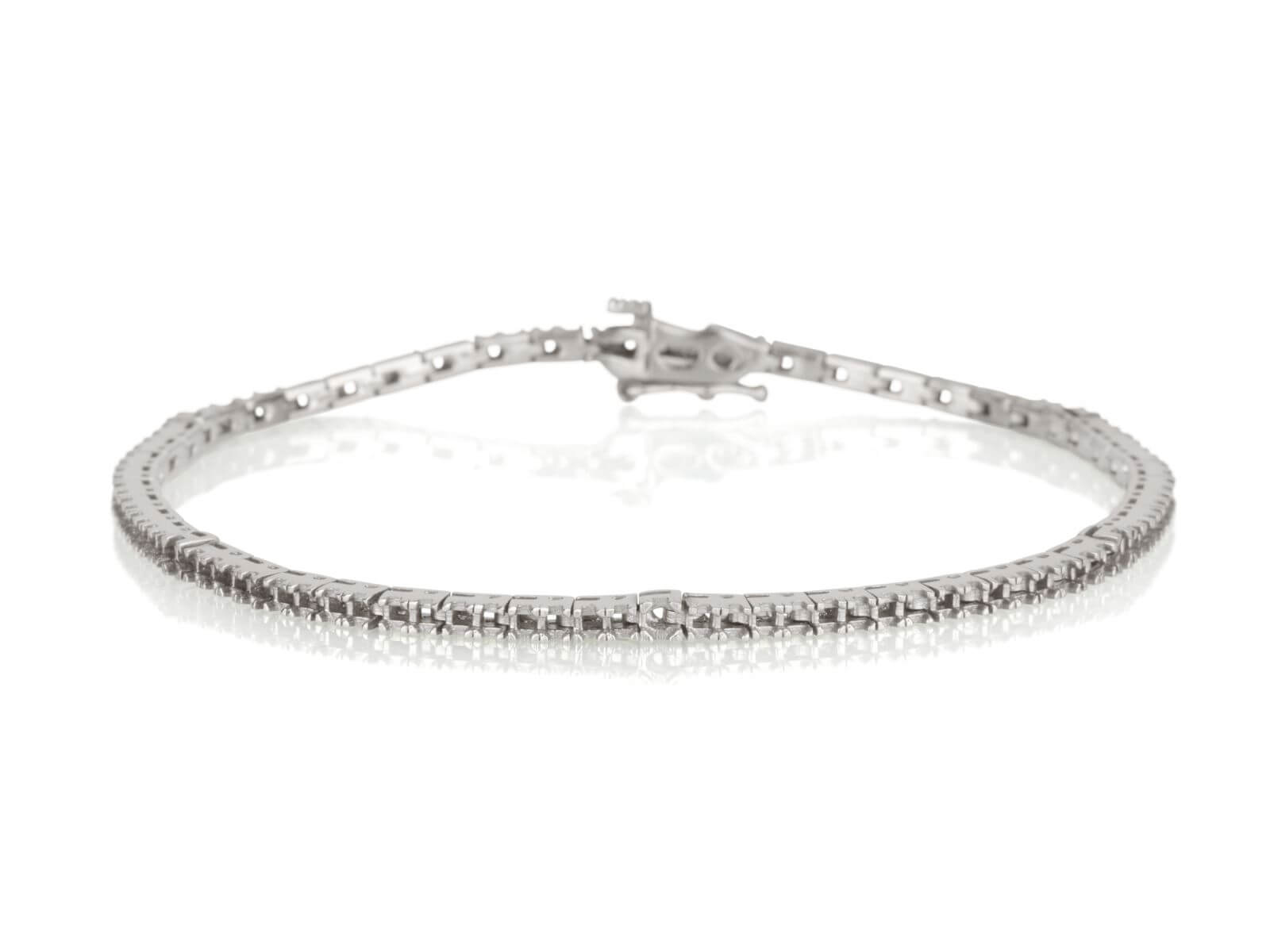 Tennis bracelet 4 prongs 3